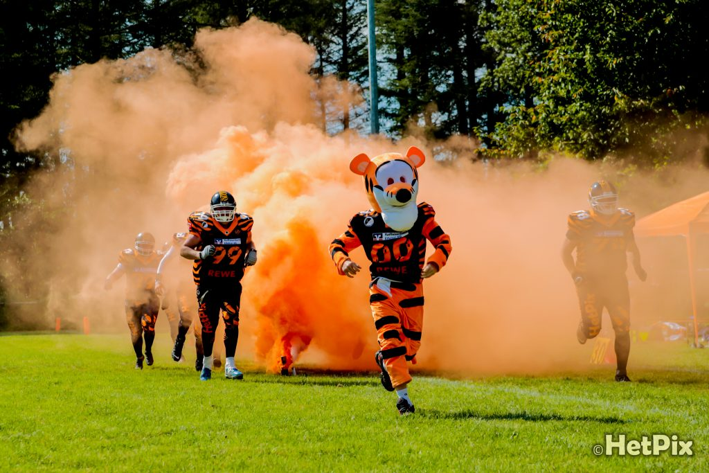 Tigers vs. Gladiators